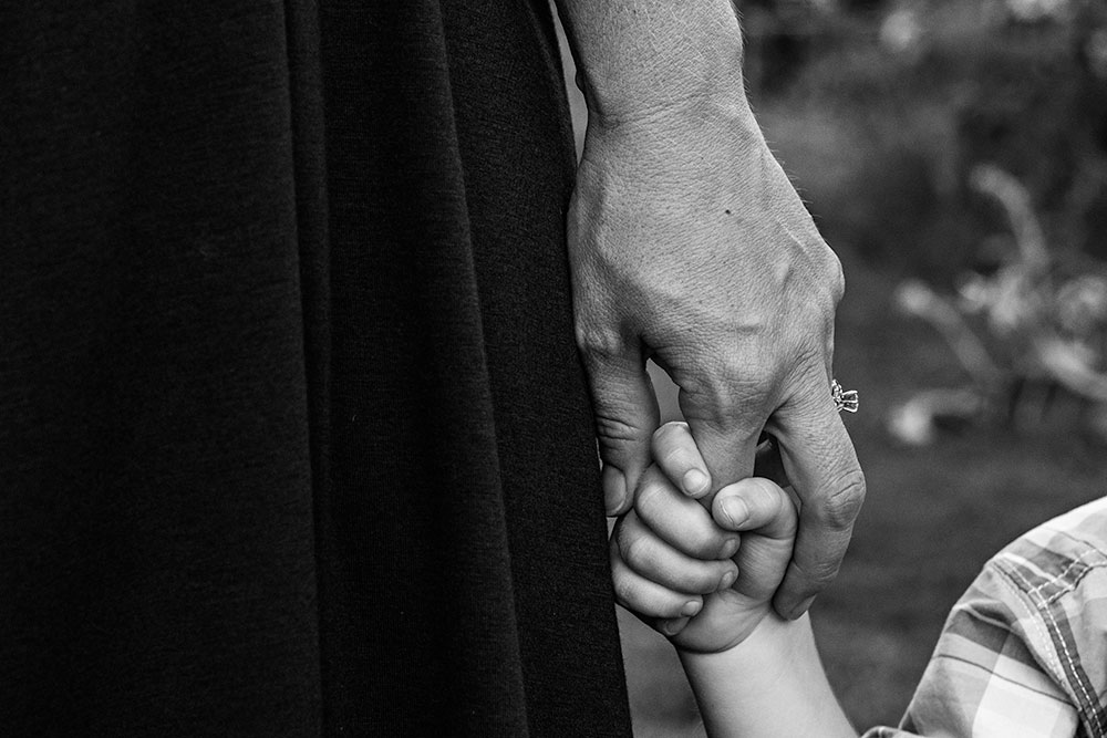 Nancy Elizabeth Photography, New Jersey Photographer, Holding Mom Hand