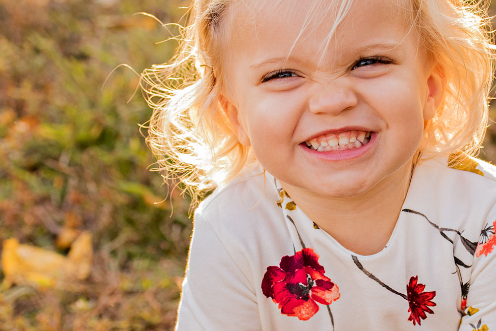 New Jersey Family Photographer, Toddler Scrunchy Nose Smile