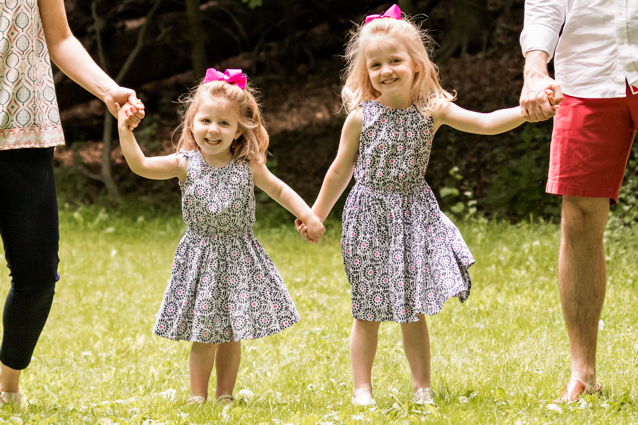 New Jersey Family Photographer, Nancy Elizabeth Photographer, Sisters Smiling
