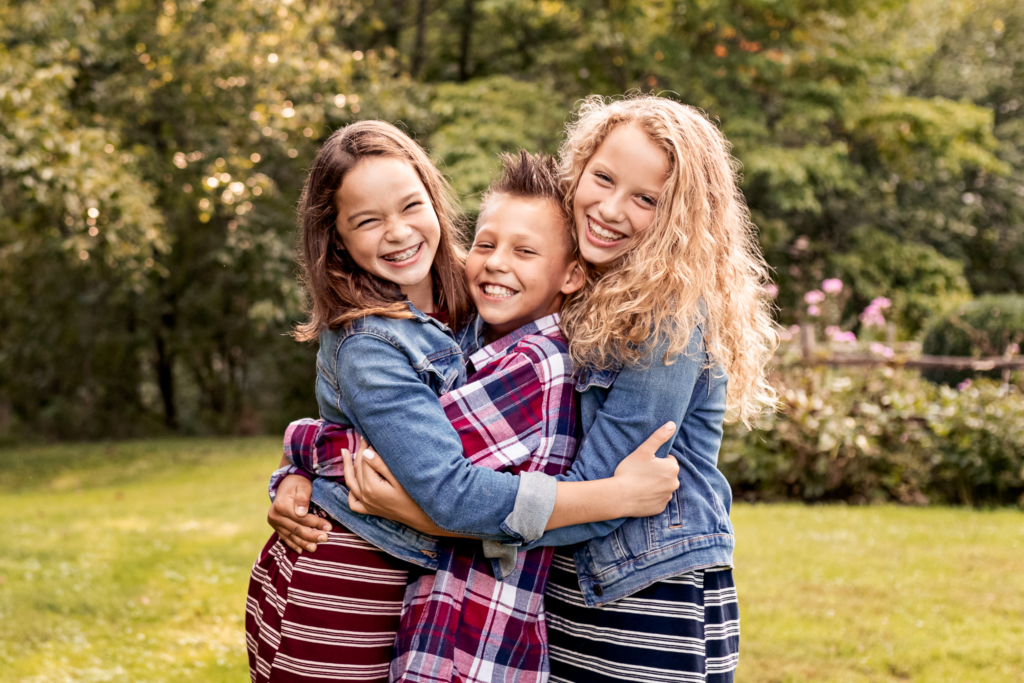 NancyElizabethPhotography, South Jersey Photographer, Siblings Hugging