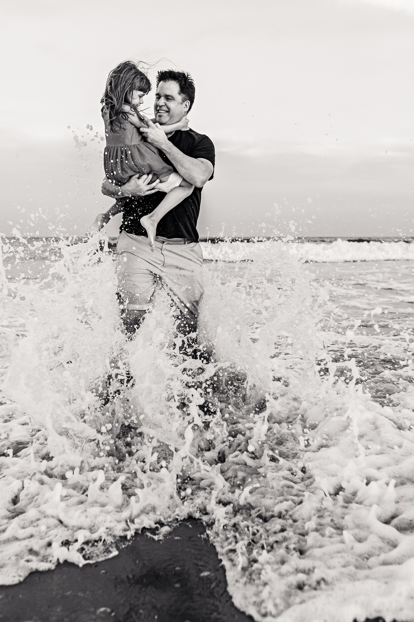 NancyElizabethPhotography, South Jersey Photographer, Father and Daughter with Wave Crashing